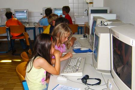 pc-raum-lindenhofschule